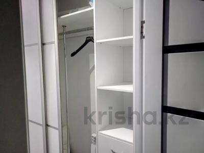 3-комнатная квартира, 80 м², 11/13 этаж помесячно, Ленина 61/2 за 250 000 〒 в Караганде, Казыбек би р-н — фото 2