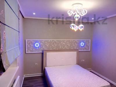 3-комнатная квартира, 80 м², 11/13 этаж помесячно, Ленина 61/2 за 250 000 〒 в Караганде, Казыбек би р-н