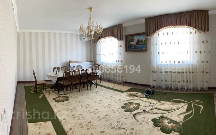 4-комнатный дом, 180 м², 5 сот., пгт Балыкши, Пгт Балыкши 11 за 28 млн 〒 в Атырау, пгт Балыкши