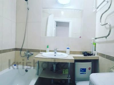 1-комнатная квартира, 35 м², 2/5 этаж посуточно, Ломова 44 — Абая за 7 000 〒 в Павлодаре — фото 4