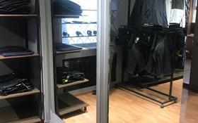 Магазин площадью 40 м², Ерубаева 45 за 200 000 〒 в Караганде, Казыбек би р-н