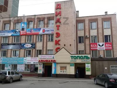 Здание, площадью 2500 м², Академика Чокина 38/1 — 1 Мая за 560 млн 〒 в Павлодаре — фото 2