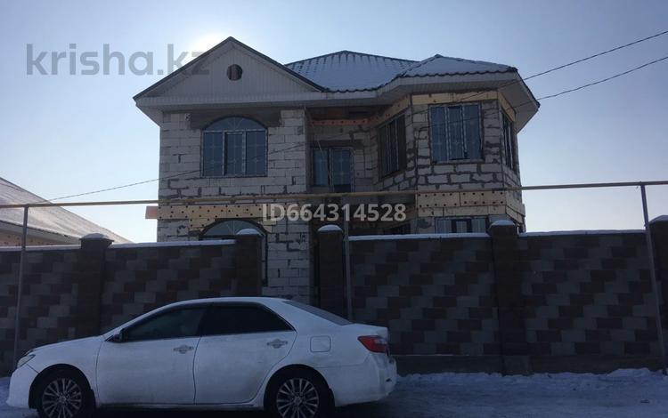 7-комнатный дом, 300 м², 6 сот., 13-й военный городок, 13-й военный городок за 35 млн 〒 в Алматы, Турксибский р-н