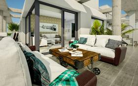 3-комнатная квартира, 77 м², 2/4 этаж, Мануэл Калиан за ~ 65.3 млн 〒 в Торревьеха