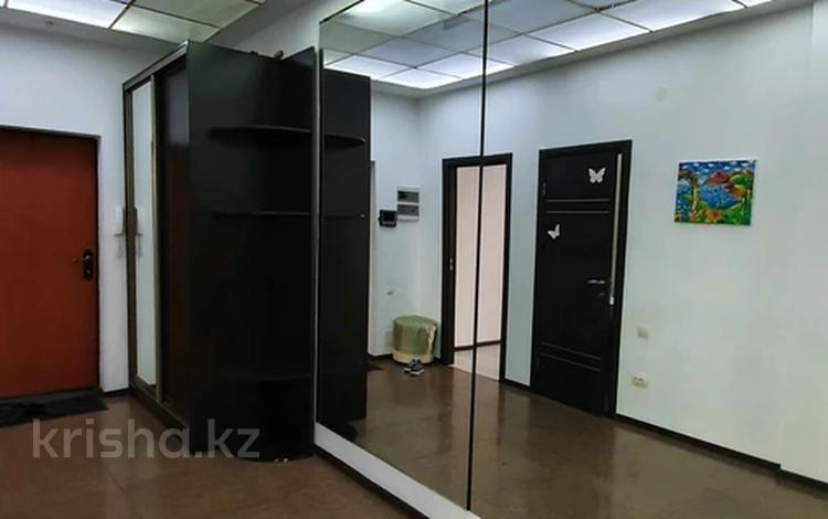 3-комнатная квартира, 102 м², 2/12 этаж, Кунаева 14 за 38.9 млн 〒 в Нур-Султане (Астана), Есиль р-н