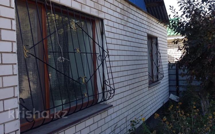 3-комнатный дом, 85 м², 5 сот., Разина 45 за 12.9 млн 〒 в Актобе