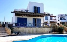 4-комнатный дом, 185 м², 4 сот., Хлоракас, Пафос за 490 млн 〒