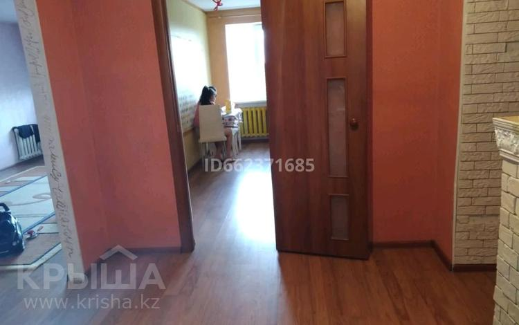 2-комнатная квартира, 69.9 м², 3/9 этаж, Авиагородок 4 — Кутузовский за 12 млн 〒 в Актобе