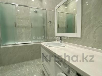 2-комнатная квартира, 83 м², 3/20 этаж на длительный срок, Сейфуллина 574/1 к3 за 500 000 〒 в Алматы, Бостандыкский р-н