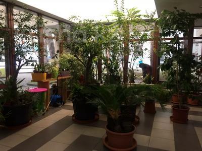 Здание, площадью 3691.2 м², Достык 248Б за ~ 1.9 млрд 〒 в Алматы, Медеуский р-н — фото 20