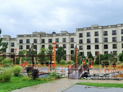 4-комнатная квартира, 163 м², 2/7 этаж, Мкр. Мирас 157/2 за 130 млн 〒 в Алматы, Бостандыкский р-н — фото 14