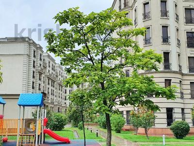 4-комнатная квартира, 163 м², 2/7 этаж, Мкр. Мирас 157/2 за 130 млн 〒 в Алматы, Бостандыкский р-н — фото 20