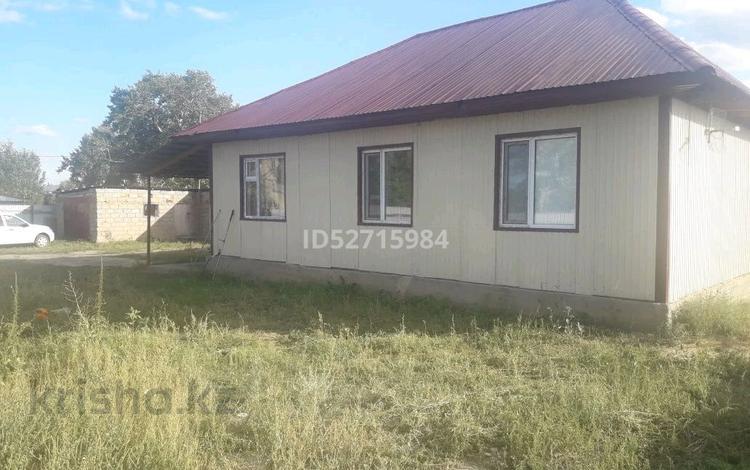 4-комнатный дом, 80 м², 10 сот., Пер. Аюченко 9 б за 10 млн 〒 в Семее