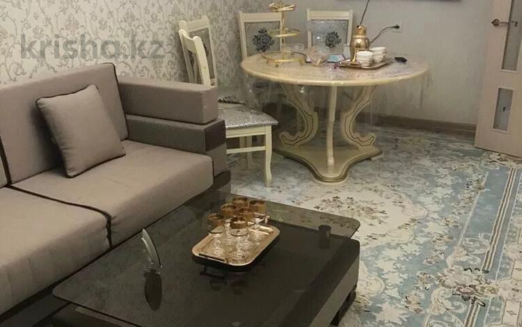 1-комнатная квартира, 33 м², 3/5 этаж, улица Муратбаева 18 за 5.5 млн 〒 в