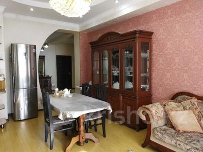 3-комнатная квартира, 114 м², 8/11 этаж, мкр Жетысу-3 за 38 млн 〒 в Алматы, Ауэзовский р-н — фото 2
