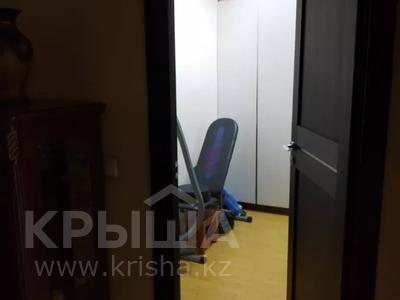 3-комнатная квартира, 114 м², 8/11 этаж, мкр Жетысу-3 за 38 млн 〒 в Алматы, Ауэзовский р-н — фото 10