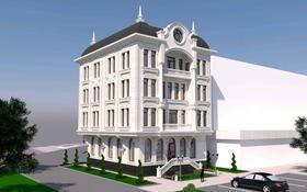 Здание, площадью 1000 м², проспект Кабанбай батыра 18 за 380 млн 〒 в Шымкенте, Енбекшинский р-н