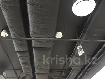 Здание, площадью 7500 м², проспект Мангилик Ел 30 — Орынбор за 5 млрд 〒 в Нур-Султане (Астана), Есиль р-н — фото 11