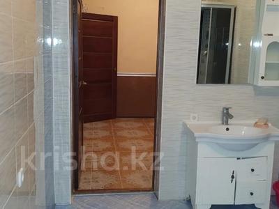6-комнатный дом, 229 м², 17 сот., Курилкино — Химик за 23 млн 〒 в Атырау — фото 5