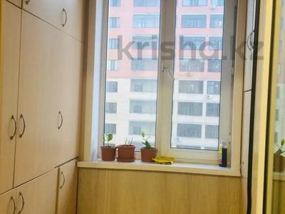 3-комнатная квартира, 90 м², 12/9 этаж, Сембинова 7 — Кенесары за 28 млн 〒 в Нур-Султане (Астана), Алматинский р-н — фото 8