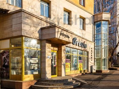 Магазин площадью 323.6 м², Сейфуллина 500 — Карасай батыра за 245 млн 〒 в Алматы, Алмалинский р-н