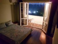 1-комнатная квартира, 50 м², 6/7 этаж посуточно, Гоголя — Желтоксан за 7 000 〒 в Алматы, Алмалинский р-н