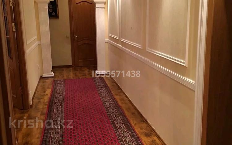 6-комнатная квартира, 127 м², 2/5 этаж, Сатпаева 13/3 — Петрова за 40 млн 〒 в Нур-Султане (Астана), Алматы р-н