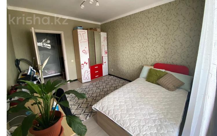 3-комнатная квартира, 80 м², 7/9 этаж, Такын Сара за 27.5 млн 〒 в Нур-Султане (Астана), Есиль р-н