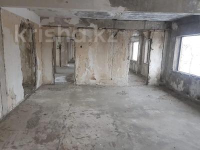 Здание, площадью 1551 м², Путевая за 27 млн 〒 в Усть-Каменогорске — фото 15