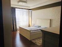5-комнатная квартира, 200 м², 12/28 этаж помесячно