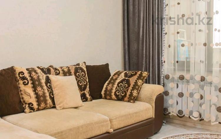 2-комнатная квартира, 60 м², 6/17 этаж посуточно, Айманова 140 за 16 000 〒 в Алматы, Бостандыкский р-н