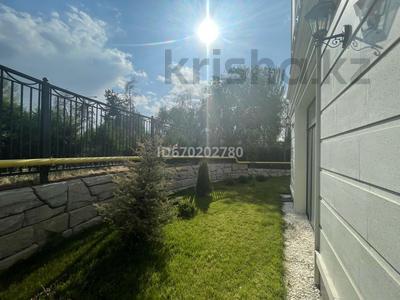 3-комнатная квартира, 156 м², 1/3 этаж, мкр Мирас 55 за 240 млн 〒 в Алматы, Бостандыкский р-н