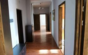 3-комнатная квартира, 130 м², 7/13 этаж помесячно, Туркестан 8 — Алматы за 200 000 〒 в Нур-Султане (Астана), Есиль р-н
