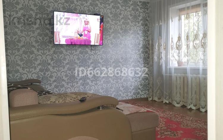 3-комнатная квартира, 59 м², 1/5 этаж, улица Энергетиктер 77 за 8.5 млн 〒 в Экибастузе