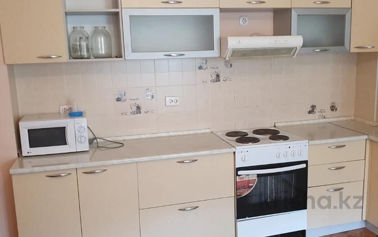 1-комнатная квартира, 43 м², 6/12 этаж, Сауран — Сауран за ~ 17 млн 〒 в Нур-Султане (Астана), Есиль р-н