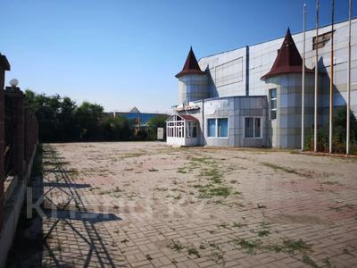 Здание, площадью 4805.2 м², Сатпаева 27/1 за 397 млн 〒 в Усть-Каменогорске — фото 2