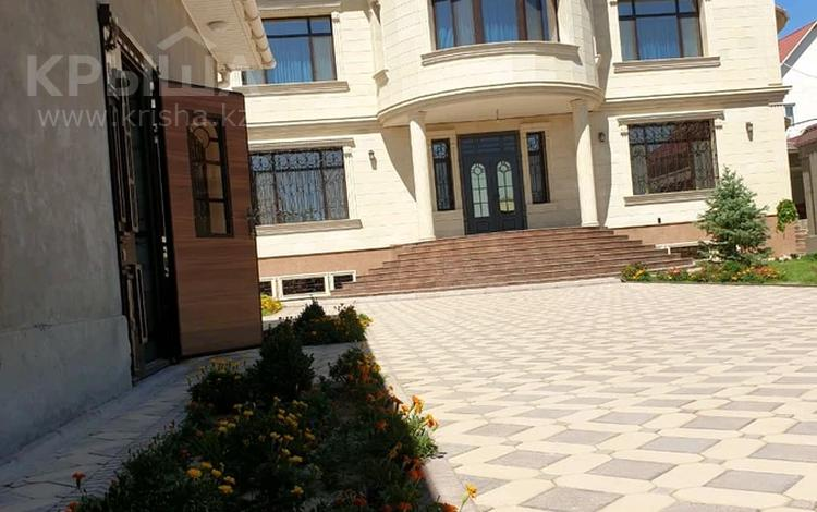 8-комнатный дом, 800 м², 14 сот., мкр Самал-2 б.н — Казиева за 190 млн 〒 в Шымкенте, Абайский р-н