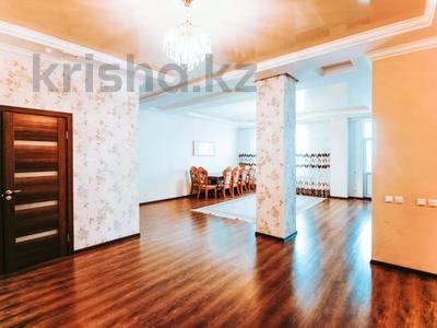 4-комнатная квартира, 165 м², 13/22 этаж, Нажимеденова 10/1 за 53 млн 〒 в Нур-Султане (Астана)