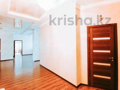4-комнатная квартира, 165 м², 13/22 этаж, Нажимеденова 10/1 за 53 млн 〒 в Нур-Султане (Астана) — фото 3