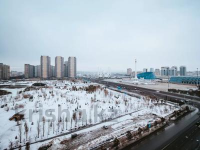 4-комнатная квартира, 165 м², 13/22 этаж, Нажимеденова 10/1 за 53 млн 〒 в Нур-Султане (Астана) — фото 24