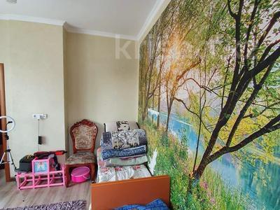 3-комнатная квартира, 82.8 м², 4/10 этаж, Манаса — Абая за 39 млн 〒 в Алматы, Бостандыкский р-н — фото 7
