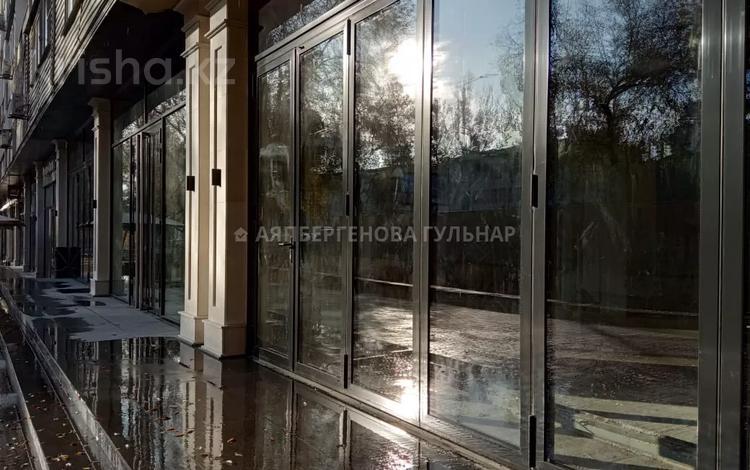 Магазин площадью 150 м², проспект Абая — проспект Назарбаева (фурманова) за 1.5 млн 〒 в Алматы, Алмалинский р-н