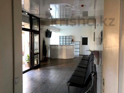 Здание, Муратбаева площадью 600 м² за 3 000 〒 в Талгаре — фото 8