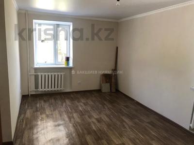 1-комнатная квартира, 32 м², 1/3 этаж, Нузарбаева за 7.2 млн 〒 в Талдыкоргане — фото 2