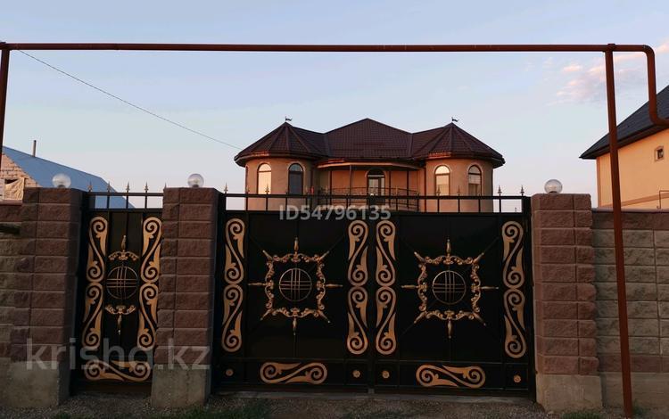 7-комнатный дом, 258 м², 8 сот., Курмангазы 225 — Кулджинский тракт за 46 млн 〒 в