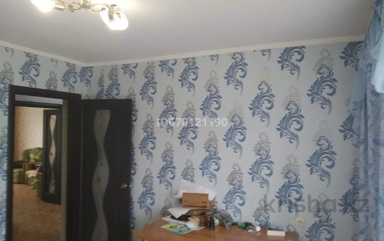 3-комнатная квартира, 71 м², 3/5 этаж, Жамбыла 211 за 23 млн 〒 в Уральске