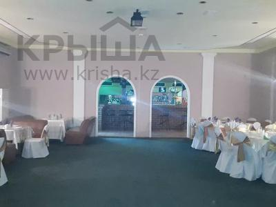 Здание, площадью 509 м², Датова за ~ 57.8 млн 〒 в Атырау — фото 2