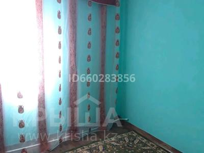 1-комнатный дом помесячно, 25 м², Баумана за 30 000 〒 в Актобе, мкр 11