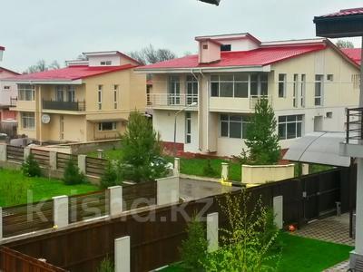 4-комнатный дом, 368 м², мкр Думан-2 за 39 млн 〒 в Алматы, Медеуский р-н — фото 2