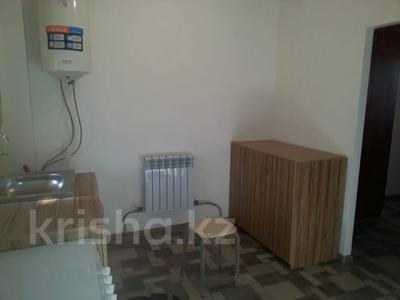 1-комнатная квартира, 26 м², 2/2 этаж помесячно, Амангельды 45 за 45 000 〒 в Талгаре — фото 4